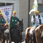 Martin Miňo ako prvý z jazdcov  vstupuje na námestie sv. Petra